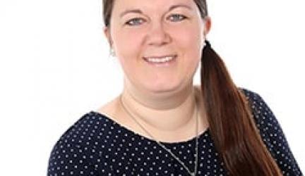 ▷ Désirée Meuthen 🥇Werbetexterin, Autorin & Unternehmerin ✓